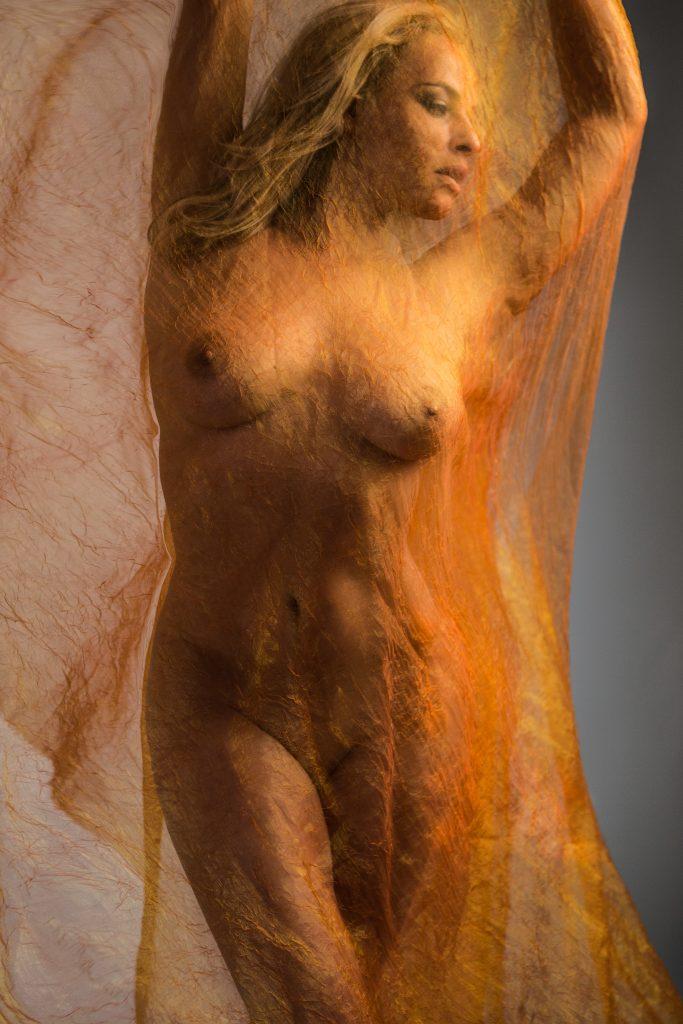 artistic-nude-photos-women-orange-fabric-juliati-photography