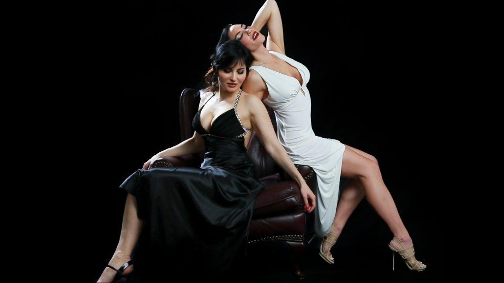 fashion-glamour-photoshoot-juliati-photography-studio-portrait-photo