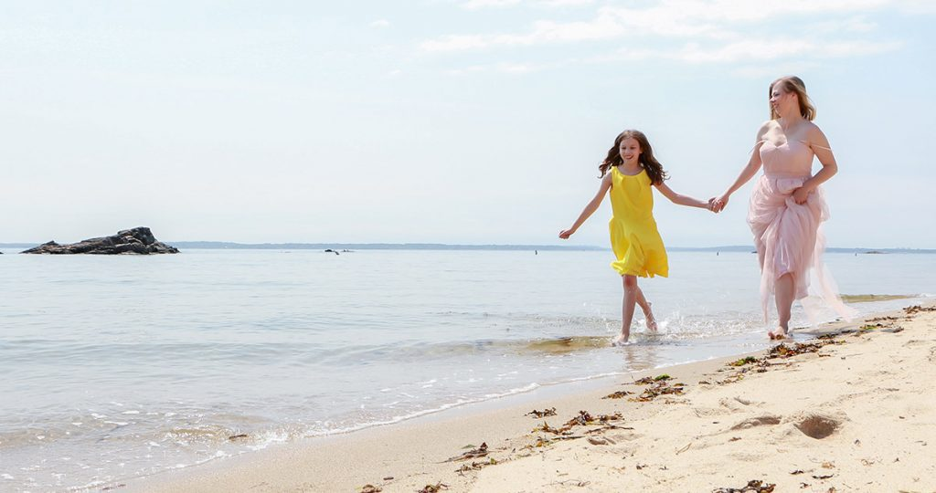 beach-photo-shoot-family-juliati-photography