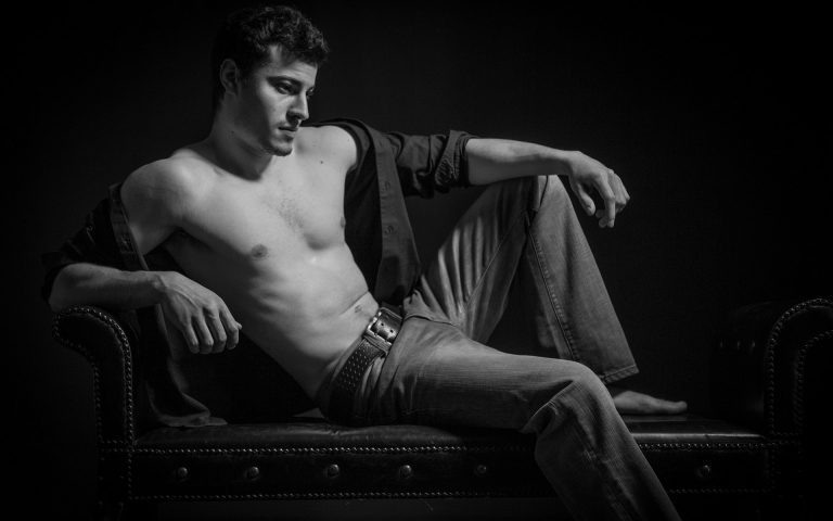 fine-art-nude-men-portraits-juliati-photography