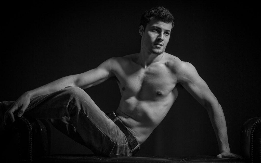 fine-art-nude-men-portraits-juliati-photography